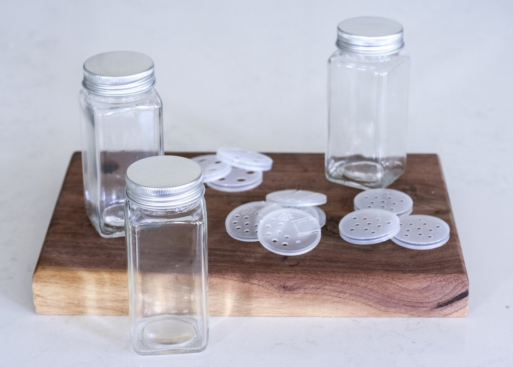 spice bottles to organize spice cabinet